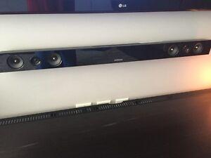 Samsung Sound Bar with wireless sub