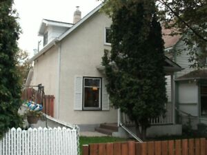 House for sale (Please read AD)