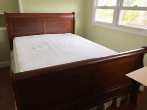 QUEEN SLEIGH BED for sale. Includes Mattress. Beautiful