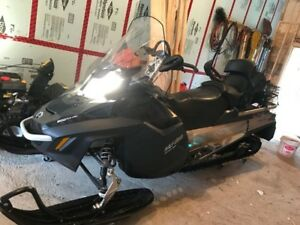2014 Expedition Snowmobile