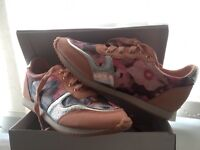 Brand new pink/sliver flower trainers