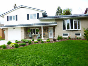WONDERFUL FAMILY HOME IN DESIRABLE WEST HILL LOCATION!