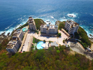 Luxury Condo   Huatulco Mexico    January Only