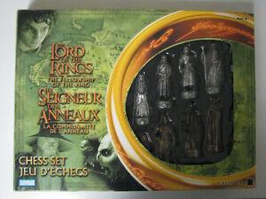 jeux d'echec le seigneur des anneaux / chess lord of the rings