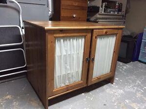 Meuble télé Ikea en bois