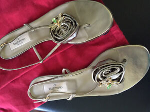 Valentino Shoes size 81/2