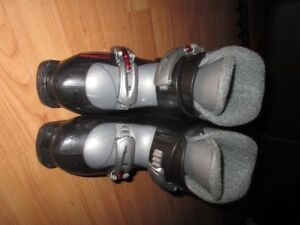 Head 251 mm Youth ski boots size 1-2