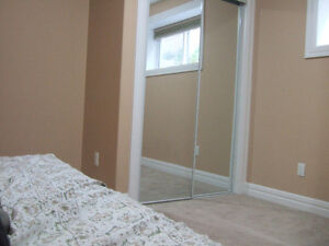 ROOM FOR RENT FULLY FURNISHED ALL UTILITIES INCLUDED