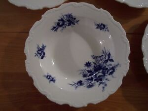 5- Royal Albert Connoisseur soup bowls Moose Jaw Regina Area image 5