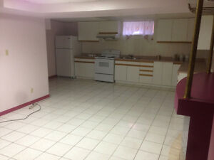 Spacious 2 Bedroom Basement Apartment for Students (Jane/Wilson)