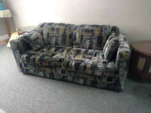 immaculate pull out sofa