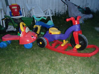 BABY/KIDS TOYS, LEARNING RIDE ON WALKER 2 IN 1 TRICYCLES