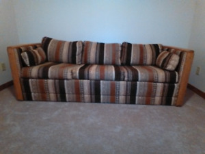 Couch / Sofabed