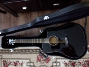 Fender Acoustic Electric Guitar with Hard shell case