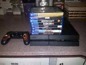 PS4 WITH GAMES INCLUDED+CONTROLLER