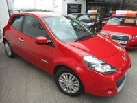 Renault Clio I-MUSIC (red) 2011