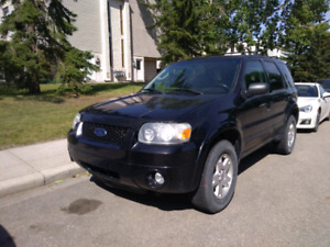 2007 Ford Escape 4X4 Fully Loaded (Transmission Issue)