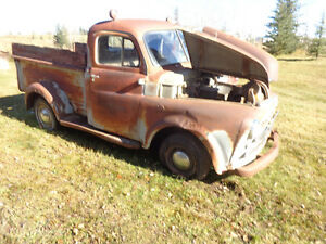 1950 FARGO SHORTBOX PICKUP