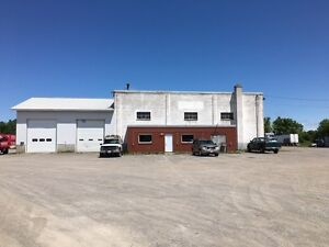 COMMERCIAL/INDUSTRIAL BUILDING FOR LEASE Kingston Kingston Area image 2