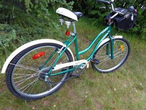 "Beautiful Raleigh 26""Women's vintage bike"