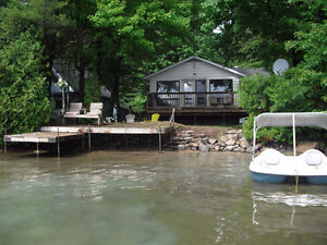 Muskoka 3 Bedroom Lakefront Cottage For Rent