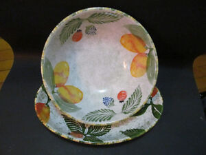 Salad bowl and oval plate made in Italy