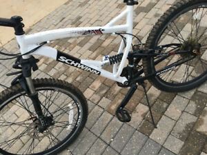 Schwin Mountain Bike