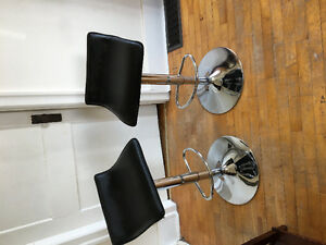 Set of 2 SWIVEL ADJUSTABLE BAR STOOLS