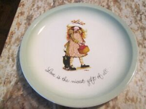 1972 Holly Hobbie Collector Plate Love Is The Nicest Gift of All