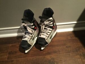 BAUER HOCKEY SKATES BOYS