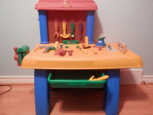 Little Tikes Tool Bench with Tools Windsor Region Ontario image 3