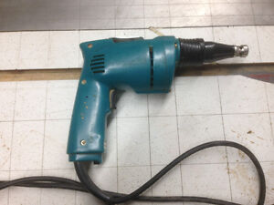 drywall screwdriver (1 only)