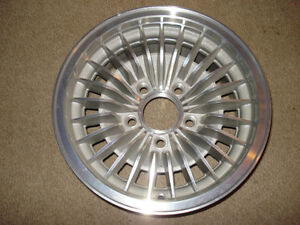 Roue,wheel,mag,aluminium,GM,firebird,trans am,grand prix,lemans