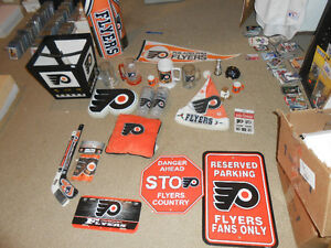 philadelphia flyers nhl scoreboard light and many collectables London Ontario image 1