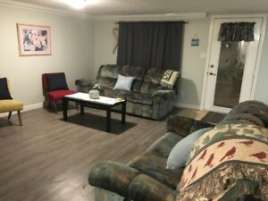 Daylight basement suite for rent short term Oct 1- June 1