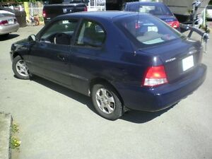 2002 Hyundai Accent Bicorps