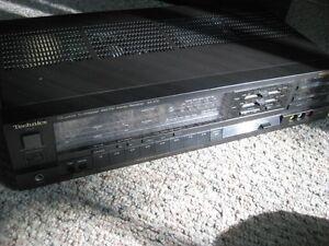 Technics SA-370 AM/FM Quartz Synthesizer Stereo Receiver
