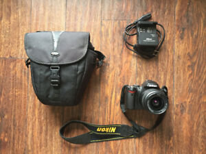 Nikon D40 - 150 OBO (negotiable)
