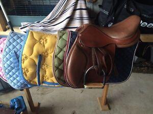 Full size saddle pads