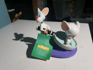 VINTAGE PINKY AND THE BRAIN WARNER BROS BOBBLEHEAD COLLECTABLE