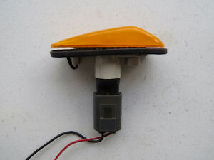 Saab 900 1994-1998 Left Fender Turn Signal Light