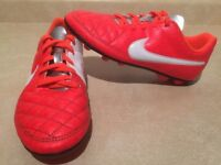Youth Nike Outdoor Soccer Cleats Size 4