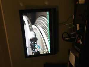 """42"""" LG LCD 720p. Excellent picture. Great sounds."""