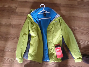 Women North face two layers Jack - size medium (brand new )