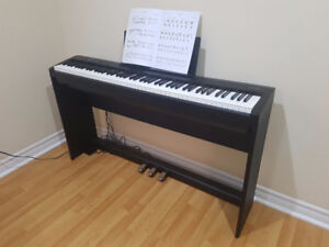 Roland FP-30   Digital Piano with matching stand and pedal unit