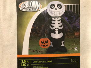 Skeleton Brand New inflatable Halloween $20