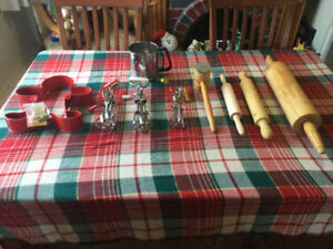 Vintage kitchenware plus one new item..tag still on.hardware inc