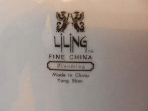 Fine China Dinner plates Stratford Kitchener Area image 3
