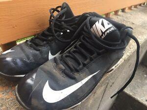 Football cleats Youth Size 5