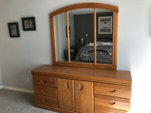 Oak vanity with mirror, dresser and 2 night tables